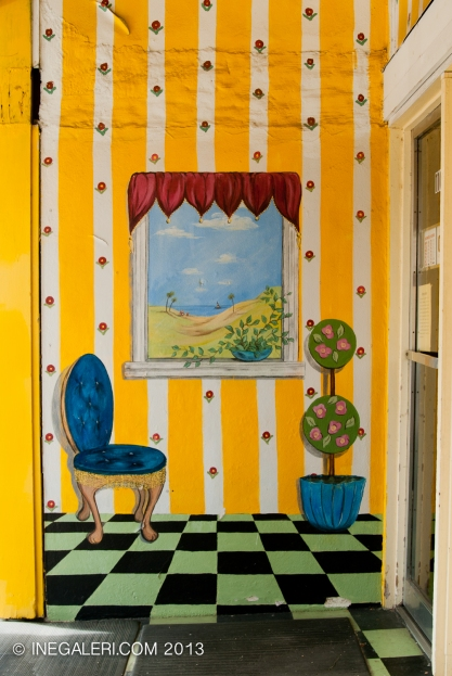 Mural at an antique shop on S Johnson St, Mineola, Tx
