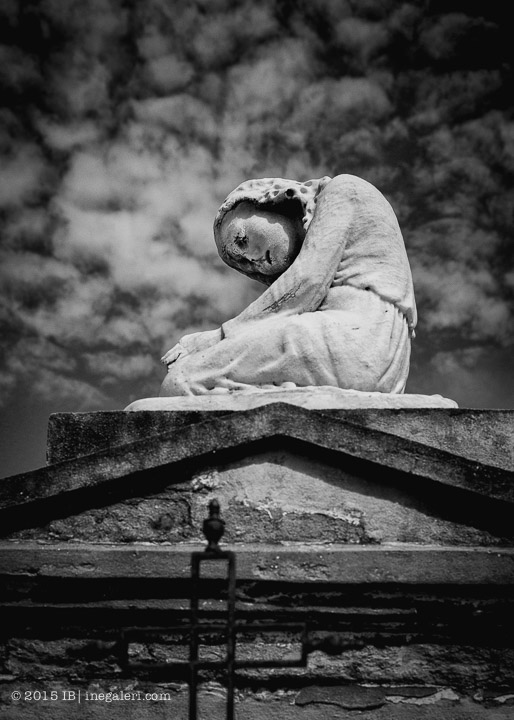 Ine Burke | St Louis Cemetery-10