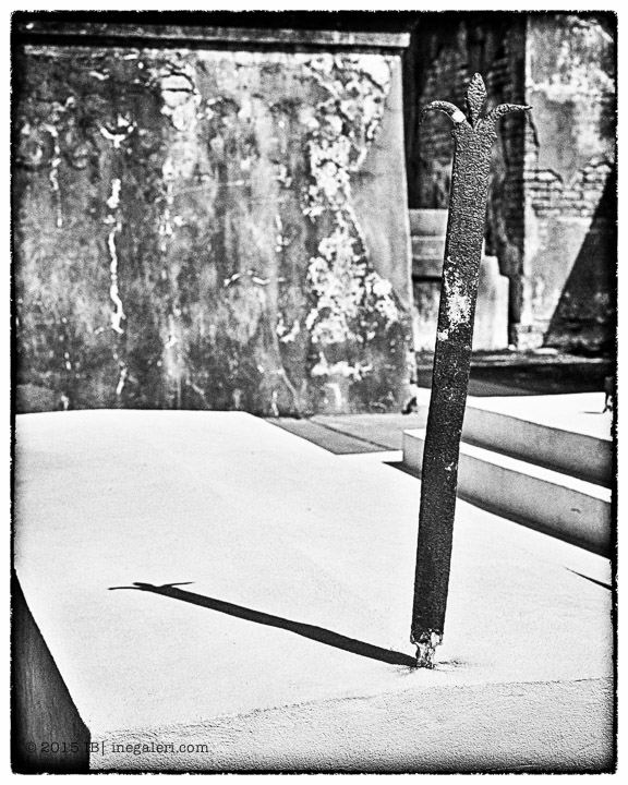 Ine Burke | St Louis Cemetery-11