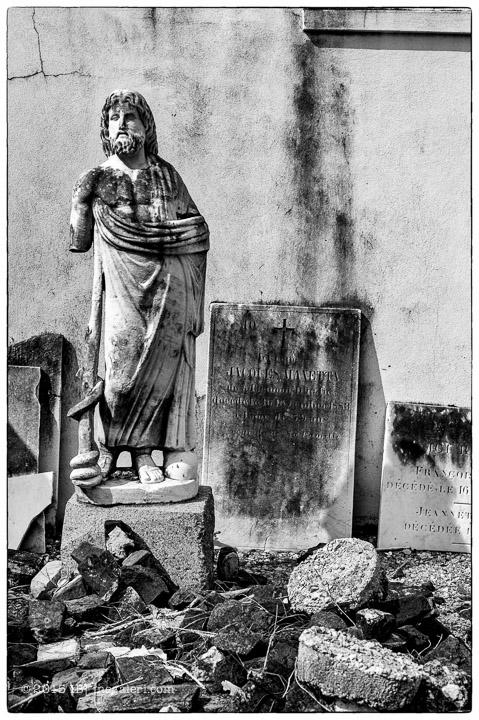Ine Burke | St Louis Cemetery-13