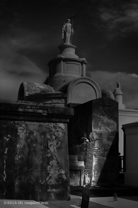 Ine Burke | St Louis Cemetery-3B