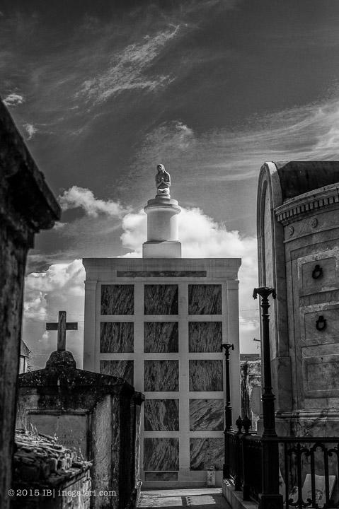 Ine Burke | St Louis Cemetery-4