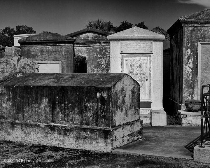 Ine Burke | St Louis Cemetery-9