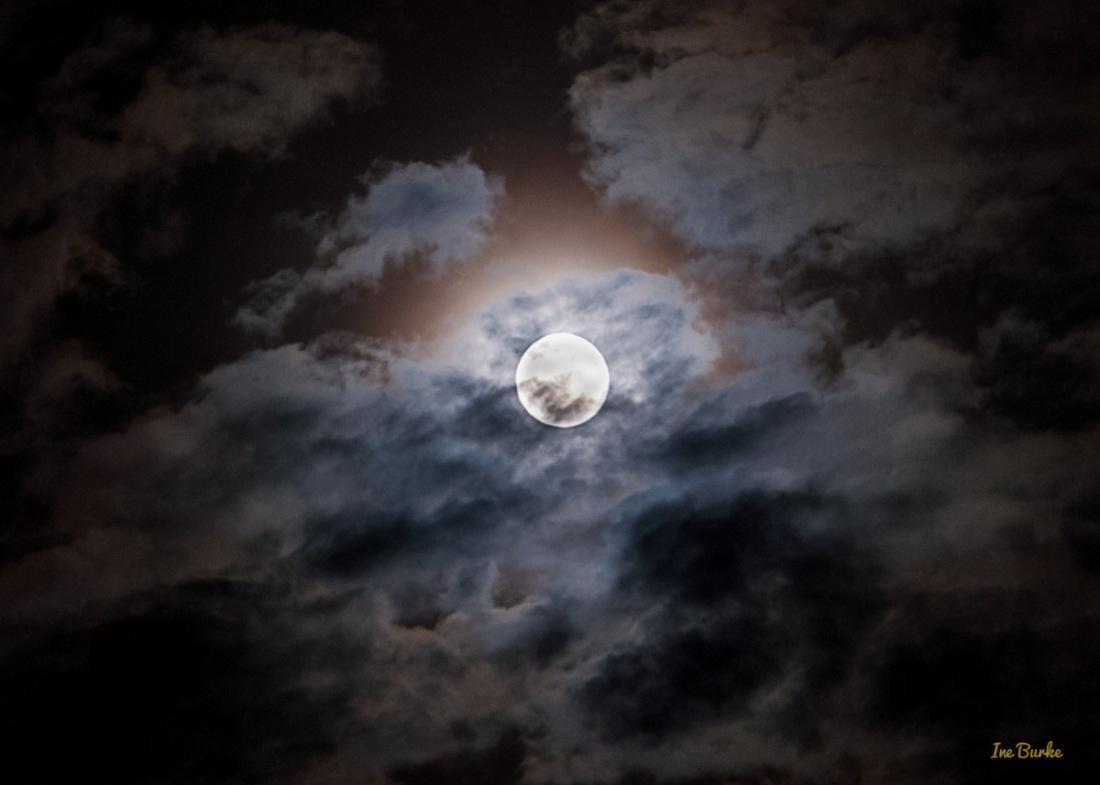 Blue Moon 31July 2015 - IB-3