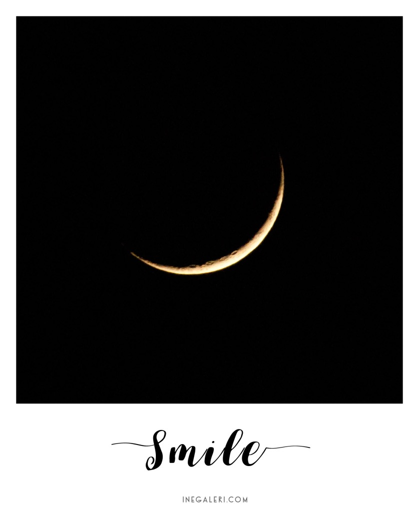 crescent-moon-smile